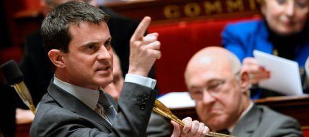 Valls menaçant